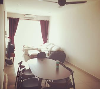 Wonderful Room and nice pool - Subang Jaya