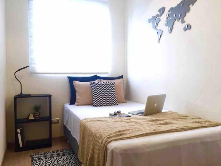 Gayfriendly room+gym near Kennedy Park Miraflores