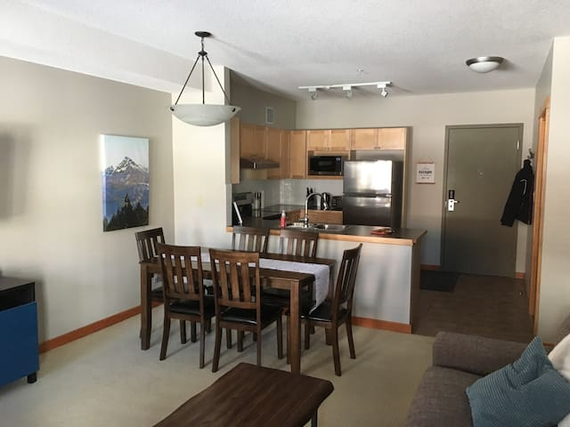 2 Bedroom Retreat at the Lodges