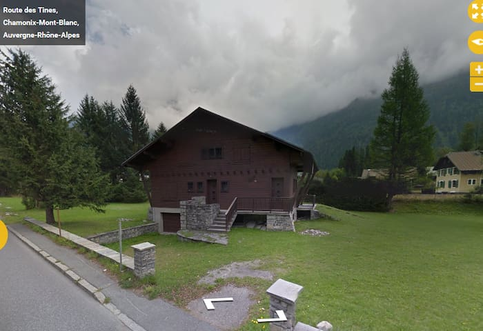 4 Chambres dans un Chalet de 11 places à Chamonix - Chamonix - Servicelägenhet