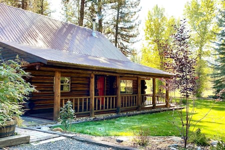 The Red Door Lodge