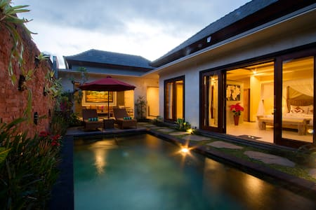 2 Seasons: Villa Sun - Luxury with Private pool