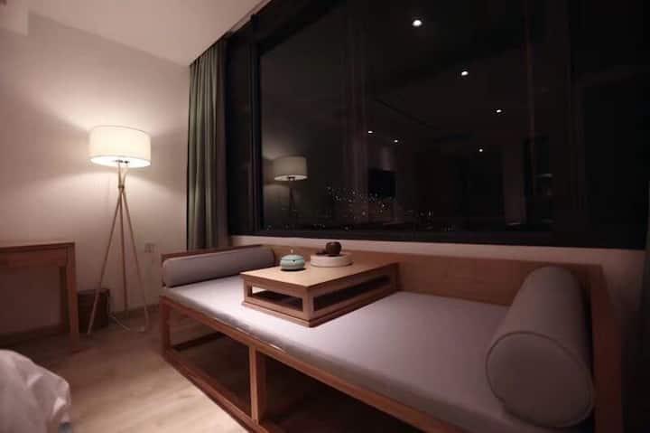 蝉乐精品度假酒店-水谷花园阳台双床房
