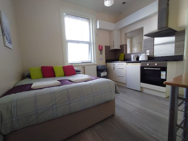 Double bed + kitchen