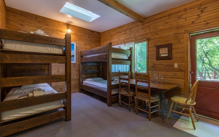 A-Lodge Boulder Youth Hostel