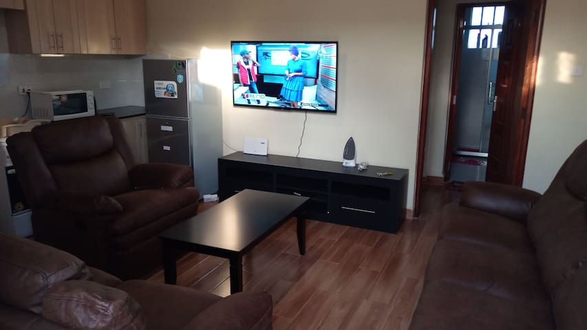 BEAUTIFUL ONE BEDROOM NEAR TWO RIVERS MALL