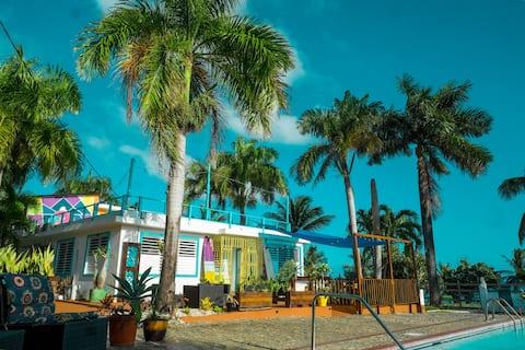 CasaCoral Beachfront work-from-home alternative