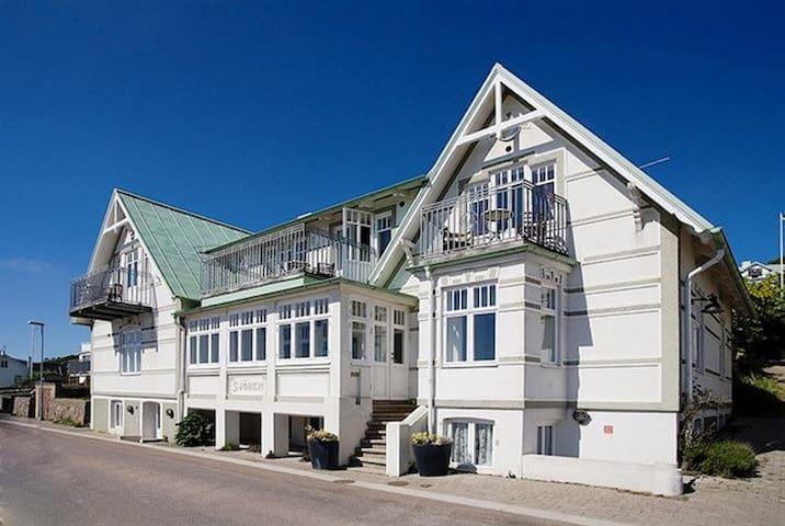 Apt Villa Sjöhem, Mölle, seafront, terass
