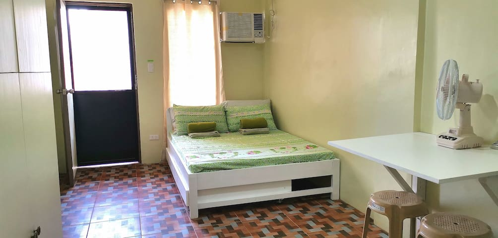 CDC#5: Lanang Studio-Type Apt with Ref, AC, TV