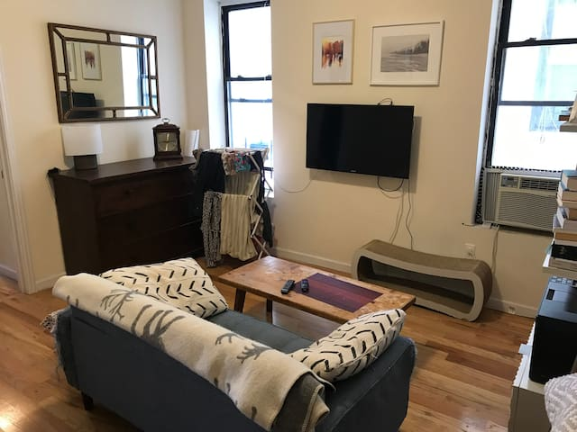 Great apartment right by beautiful Prospect Park!