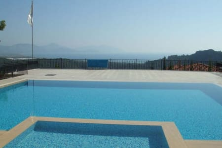 Apartment with sea and mountain views - Sarıgerme - 公寓