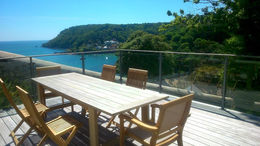 Salcombe Apartment - Large Decking and Sea Views - Salcombe - アパート