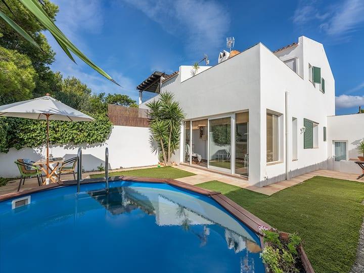 Beautiful house in Cala Alcaufar, Menorca