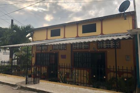 Mariquita House  En el Corazon de Mariquita