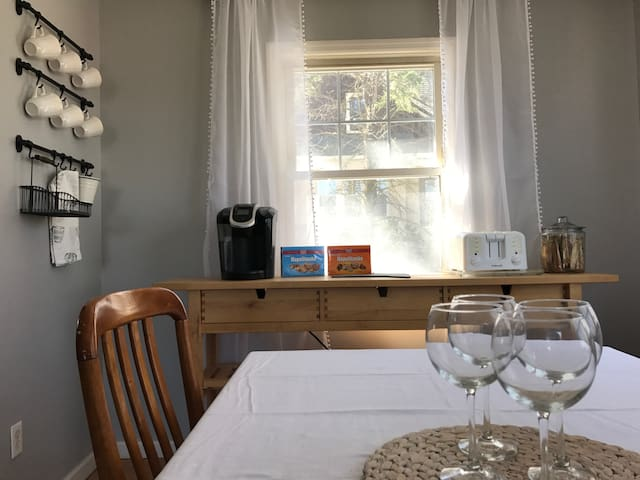 Affordable room - Easy access to NYC! -  #3 - Стейтен-Айленд