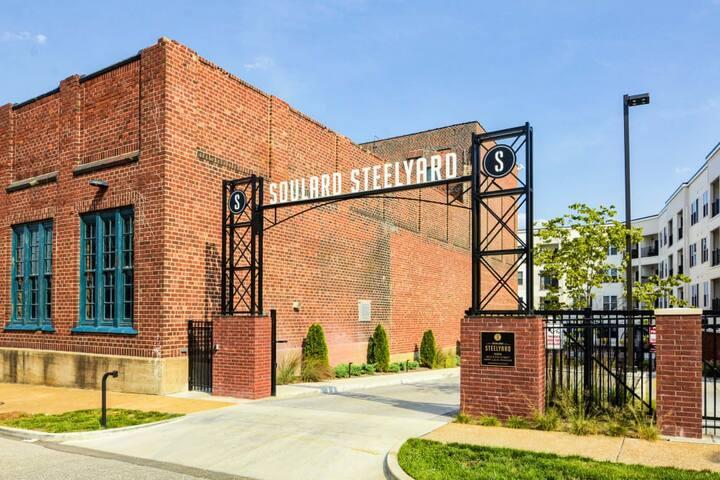 STEELYARD 1BR