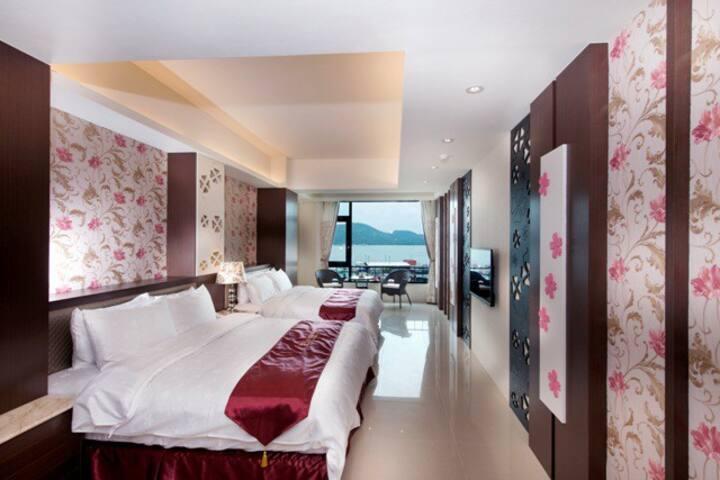 日月潭 VIP尊爵四人房8F(附早餐)-Cherry Feast Resort