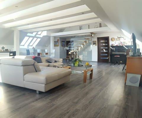 Apartament Holiday Slaw,160m2,jacuzzi,30km Gdansk