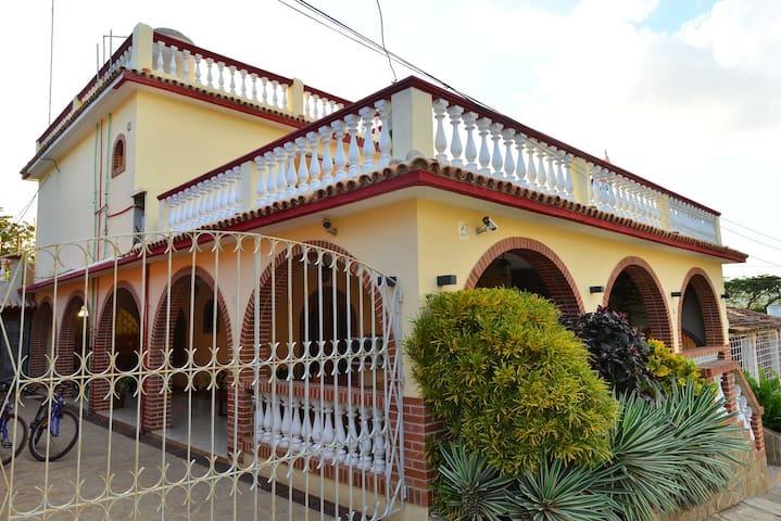 HOSTAL CUBA, Playa La Boca,Trinidad(Standard Room)