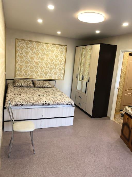 Большая спальня/зал