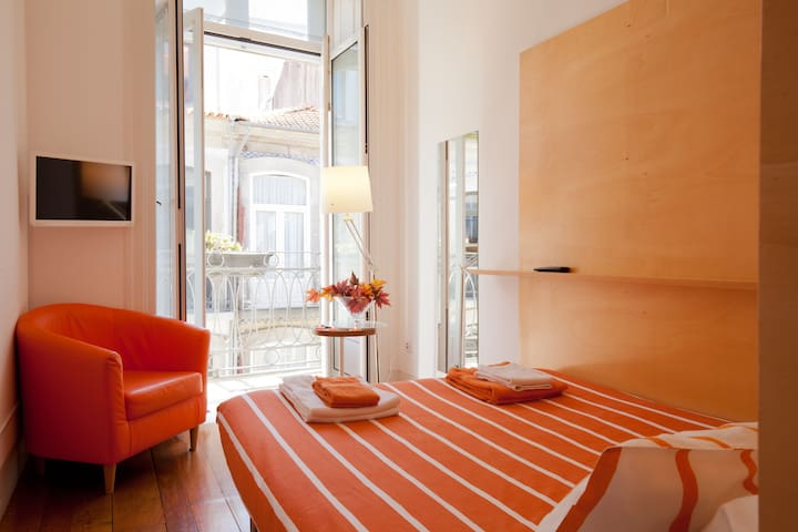 Double Room in Porto Downtown