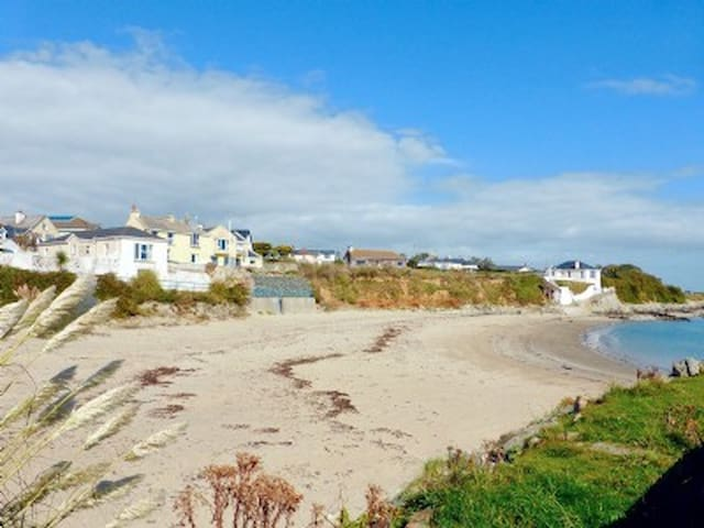 Dream Beach Cottage- Kilmore Quay,Wexford-new 2017 - Kilmore Quay - บังกะโล