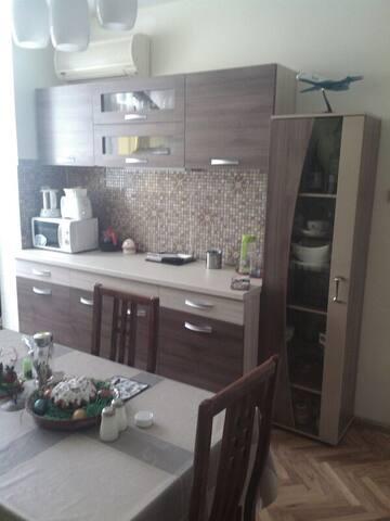 Квартира, Бургас, ж.к. Лазур
