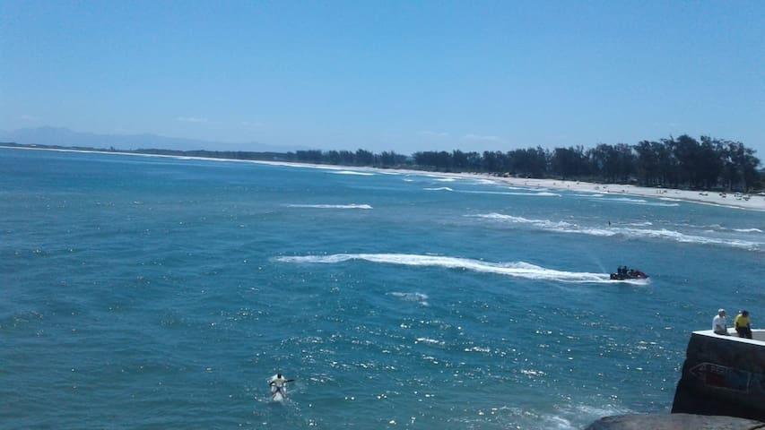 Praia  Barra de Guaratiba 4