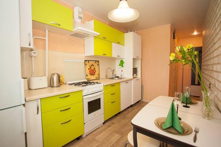 Nice 3 - bedroom appart on Bogaichuka Street