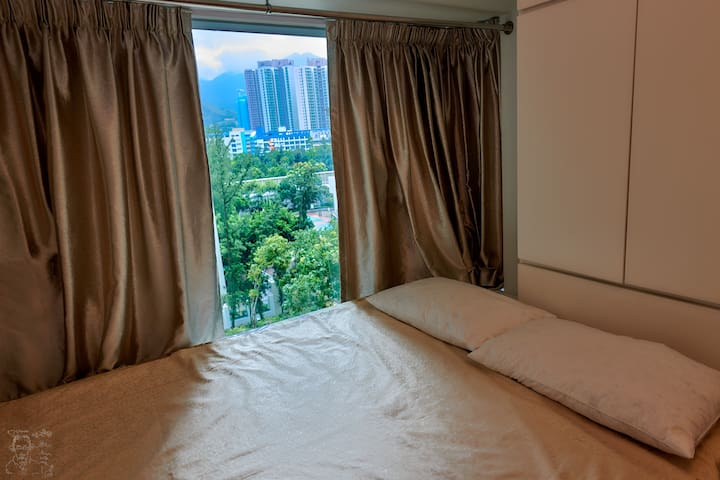 Comfy room - close to airport, AsiaWorld Expo, MTR