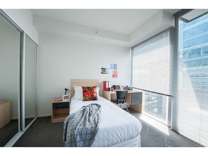 Best location to stay in Melbourne CBD