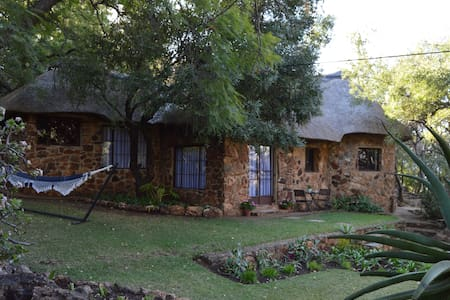 Protea Ranch, Stone Bungalow with Thatched Roof - Centurion