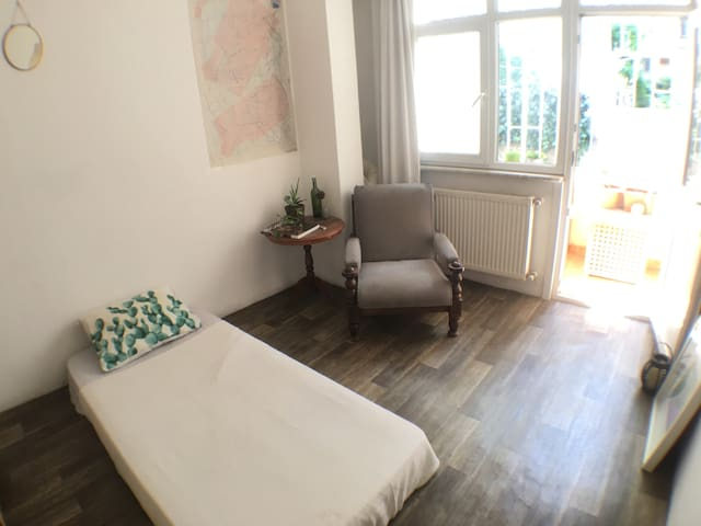 Minimal Room in Bohemian Area in the Center