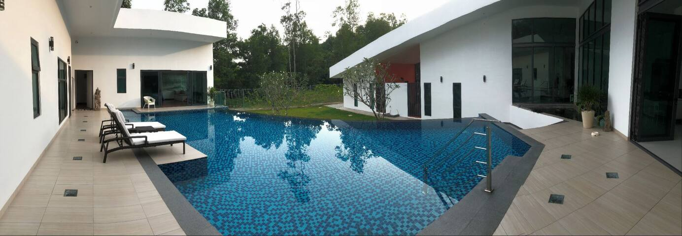 Quiet Villa on Golf Resort