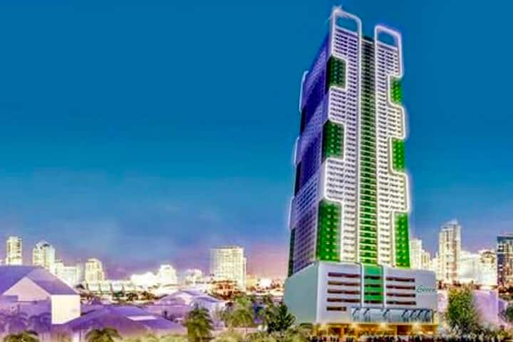 52ndFLOOR BEST LOCATION TOURISM & LAYOVER / 30mbps