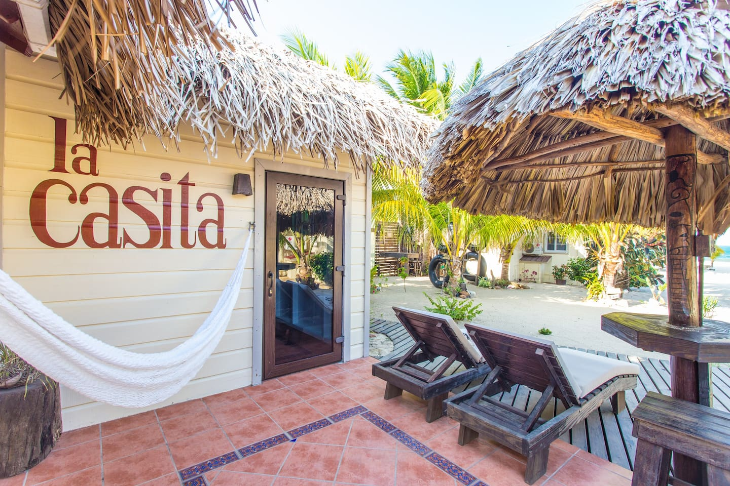 Gorgeous veranda - private palapa bar for drinks or coffee - or the hammock overlooking the sea