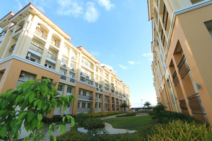 FURNISHED STUDIO CONDO UNIT 7119 @ SAN REMO OASIS