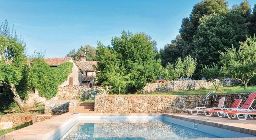 Tuscan Country House Private Pool WiFi Siena 20P - Sovicille - House