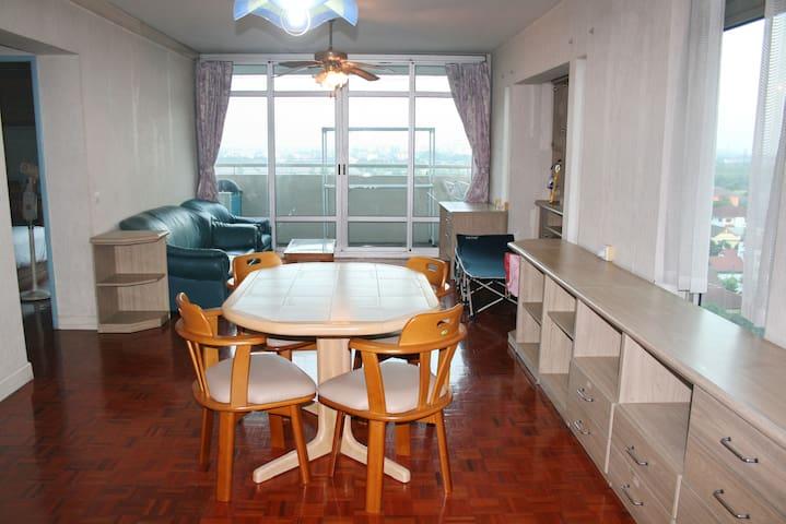 2BR Lake View Apartment RIVIERA4