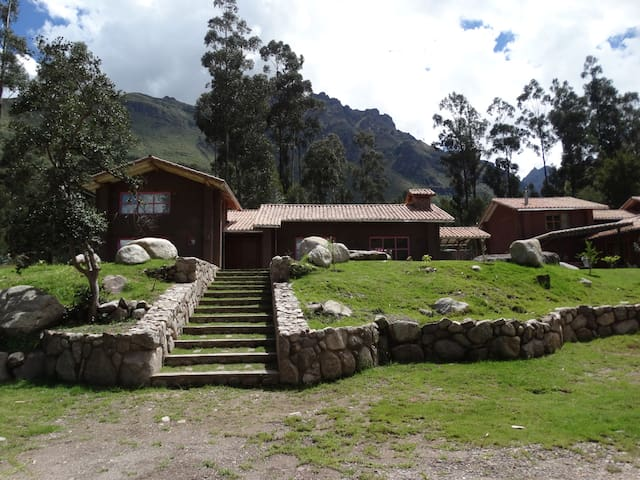 house in the sacred valley urubamba #32