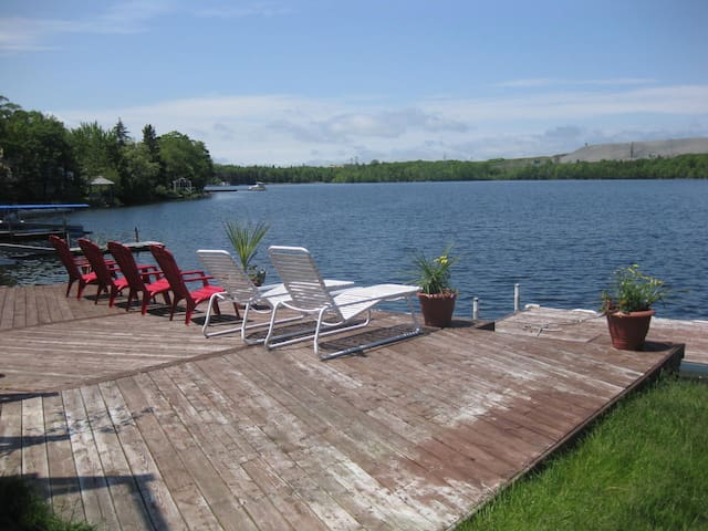 Large Lakeside Bdrm private home near ammenities
