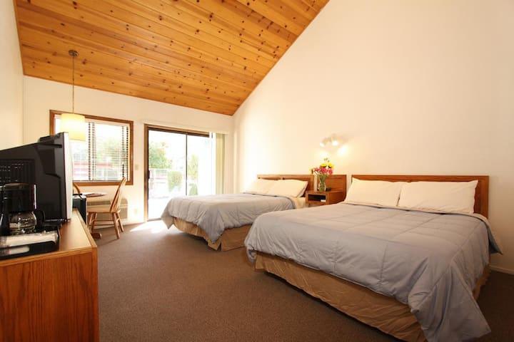 Pioneer Inn & Suites - 107 Dual Queen