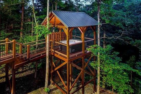 Logan's Bluff Cabin at Hochatown