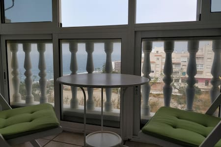 Beach apartment/ Apartamento de playa con vistas