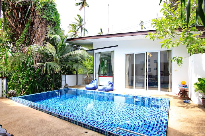 Athena beach side villa with private pool