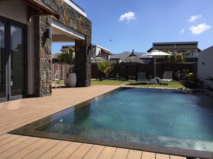 Villa 3 chambres, 6 pers, 3 Sdb, Piscine privée