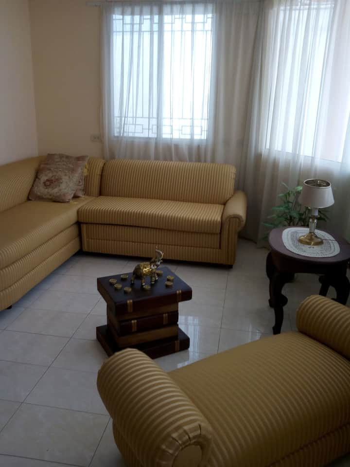 Alojamiento 1 persona, zona aeropuerto  Guayaquil.