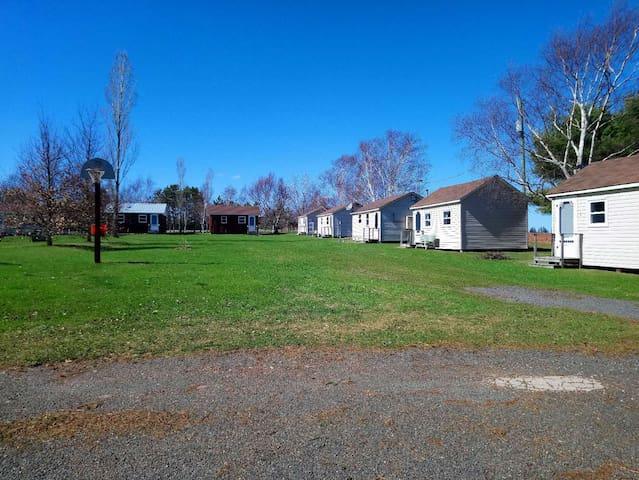 Rachel's Motel & Cottages  Cottage#5
