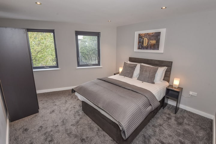Newcastle Quayside 3 Bedroom Apartment