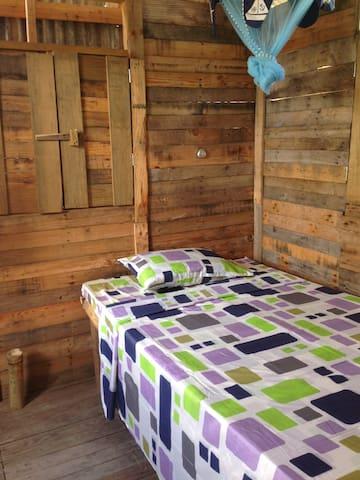 Back-a-Yard Barbados (Room)
